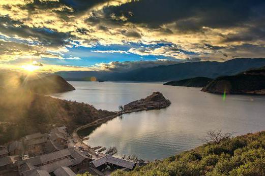 泸沽湖1.jpg