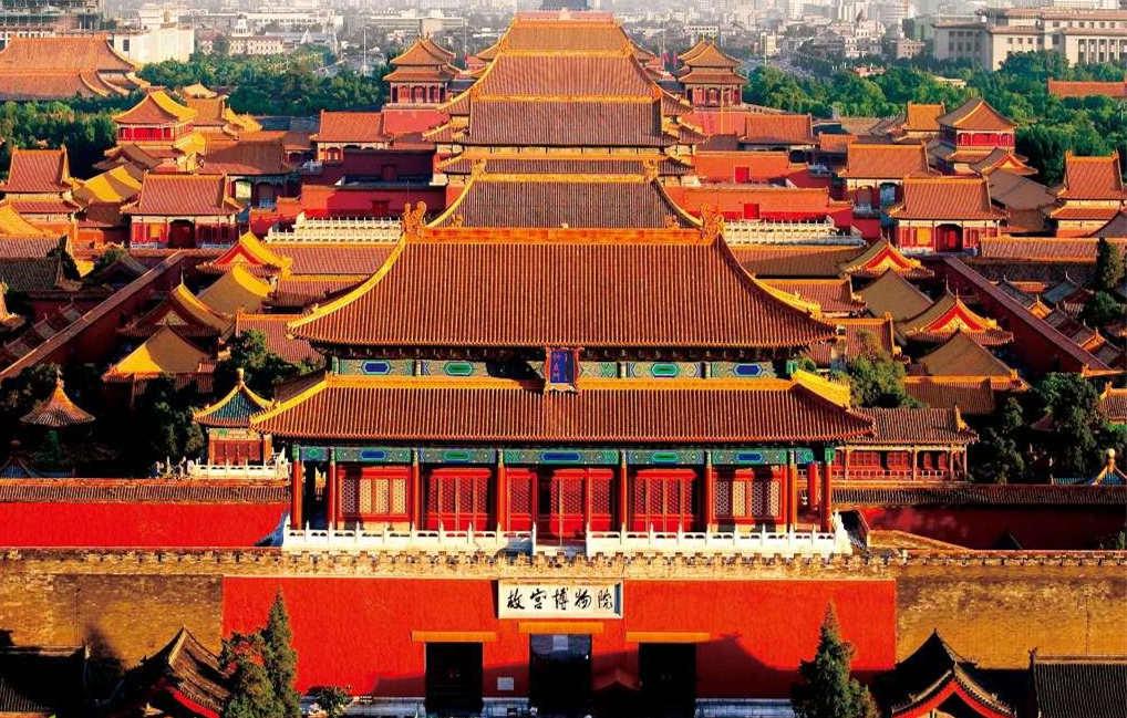 单霁翔:故宫从文创产品到上元之夜的经营之道